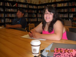 Alondra during the presentation with Twa'le.